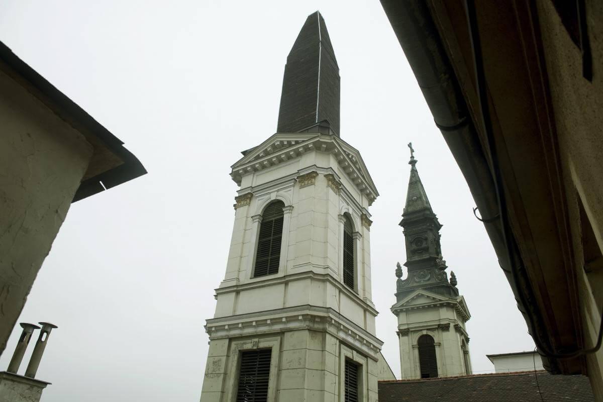 Sisak helyett újra torony kerül az ortodox székesegyházra
