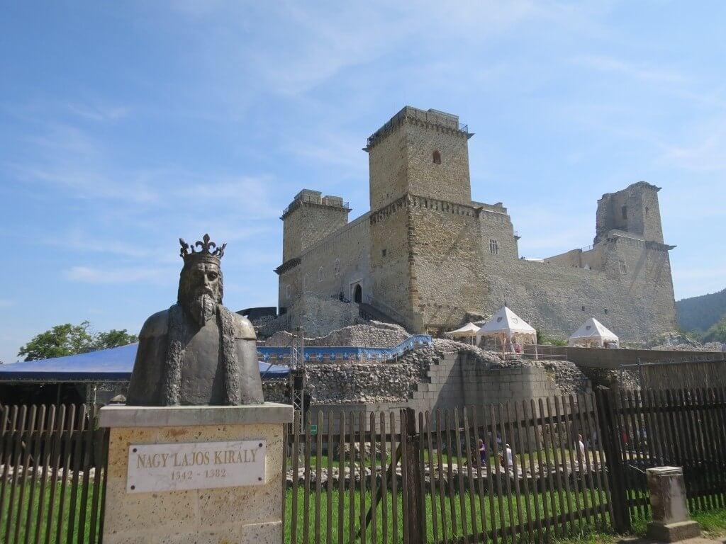 Rekonstruálják a diósgyőri vár árkát