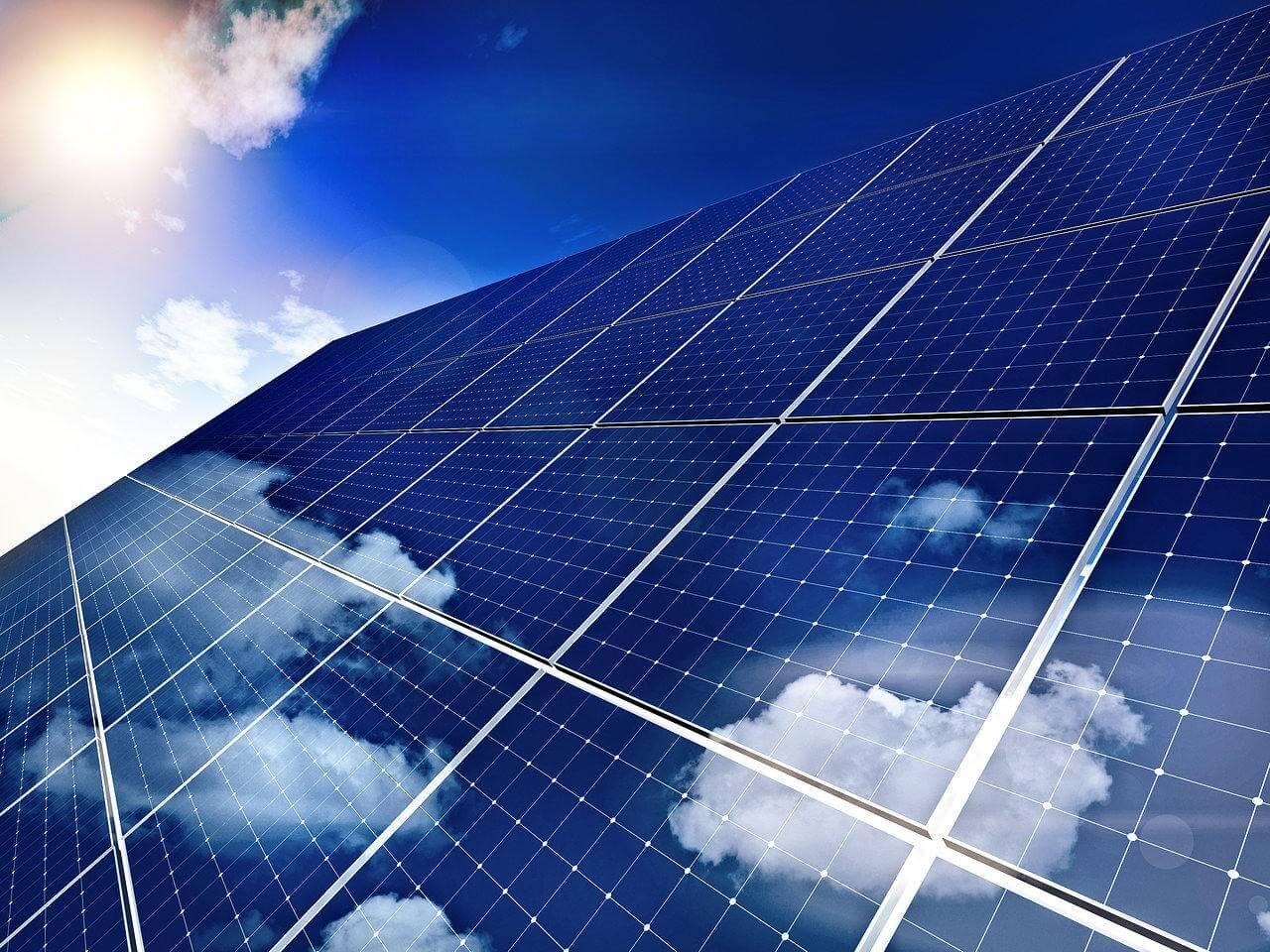 Évi 550 tonnával csökkentheti az üvegházgáz-kibocsátást Jászdózsa naperőműve