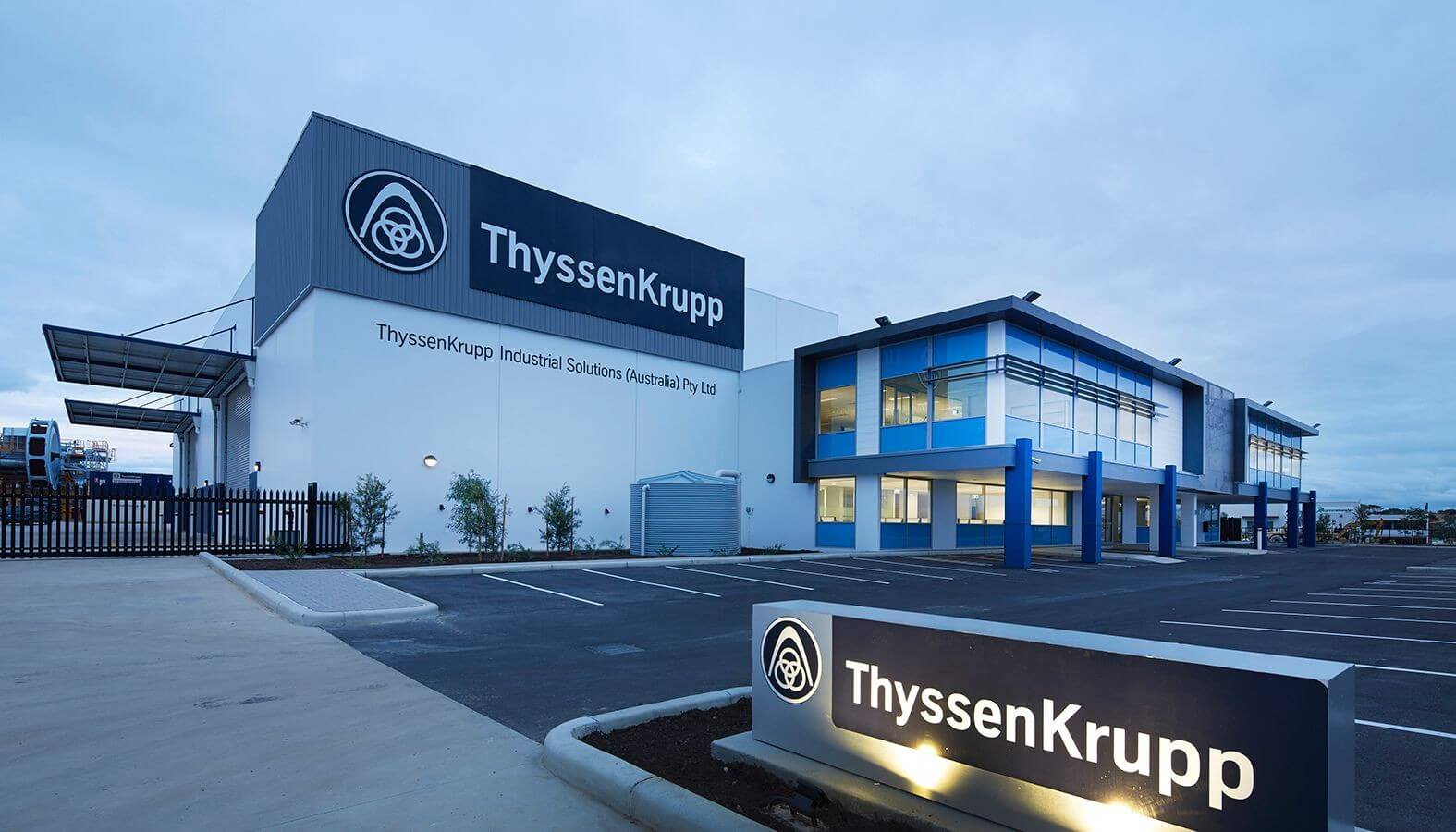Félidőhöz érkezett a Thyssenkrupp jászfényszarui óriásfejlesztése
