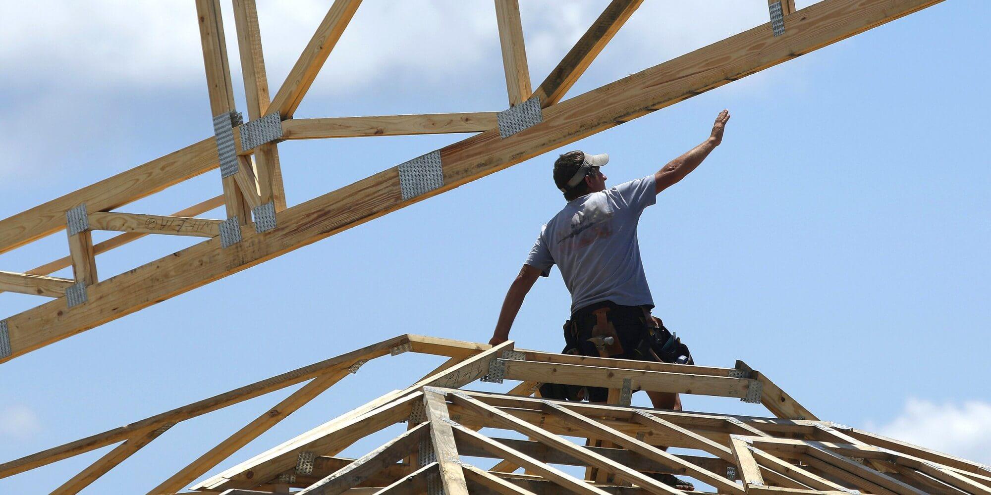 Az építőiparban a legerősebb az új munkaerő iránti kereslet