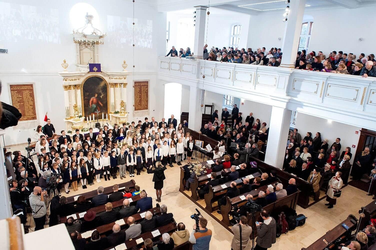 Megújult Győr 231 éves temploma