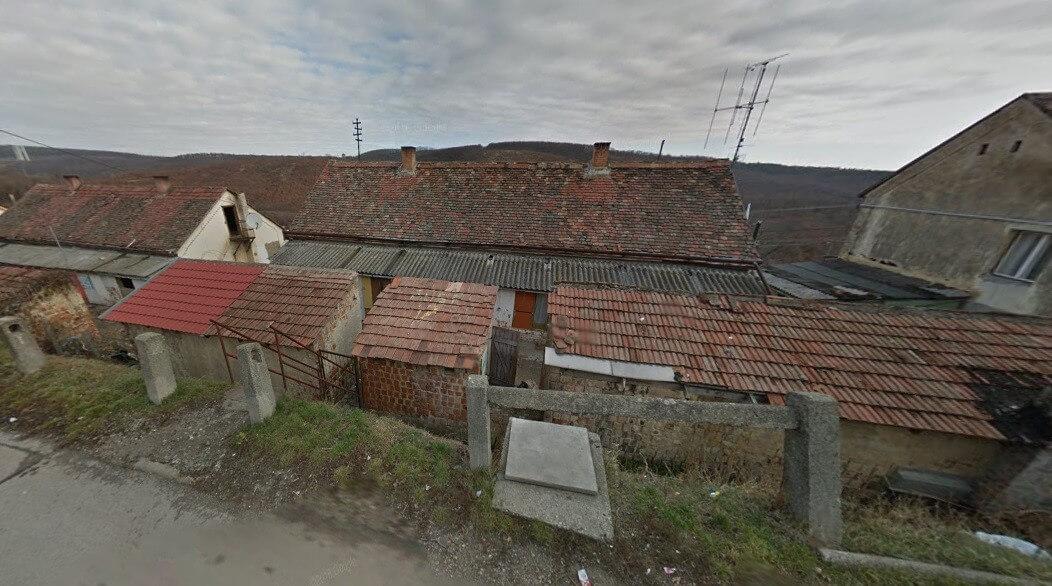 Tíz pécsi épület szociális bérlakásai kapnak teljes felújítást