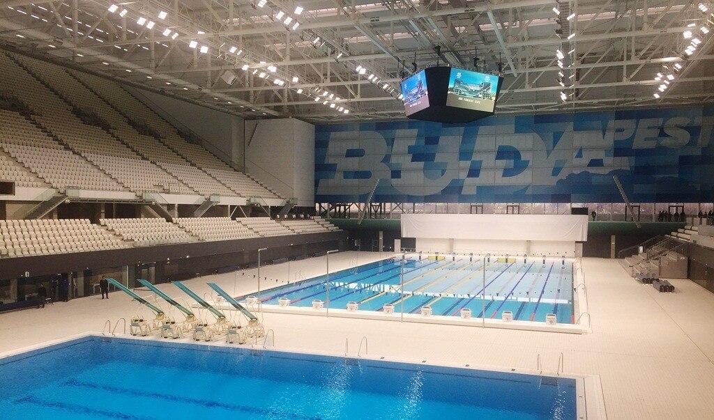 Új névvel adták át a budapesti úszópalotát  562a191089