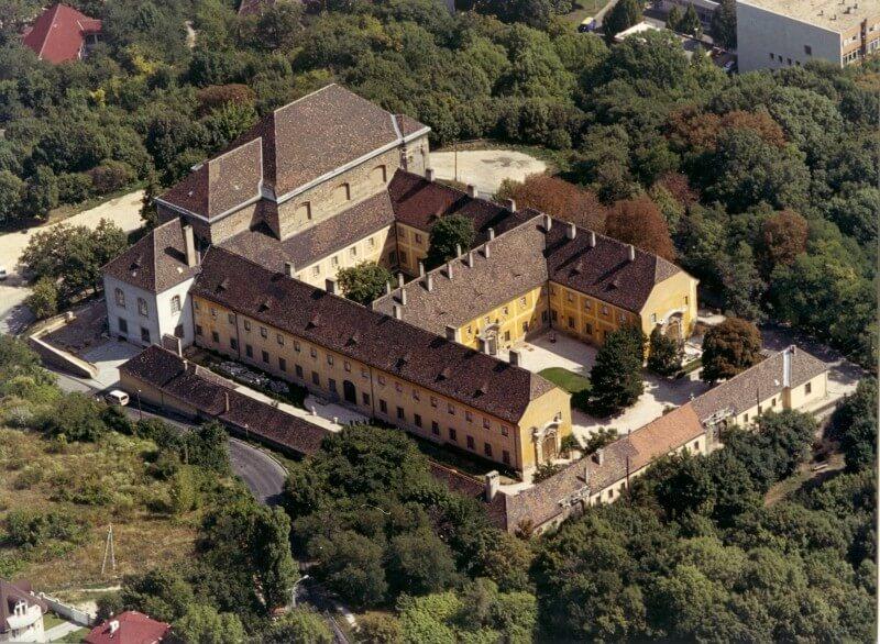 Háromszintes mélyépítményt kap a Kiscelli Múzeum