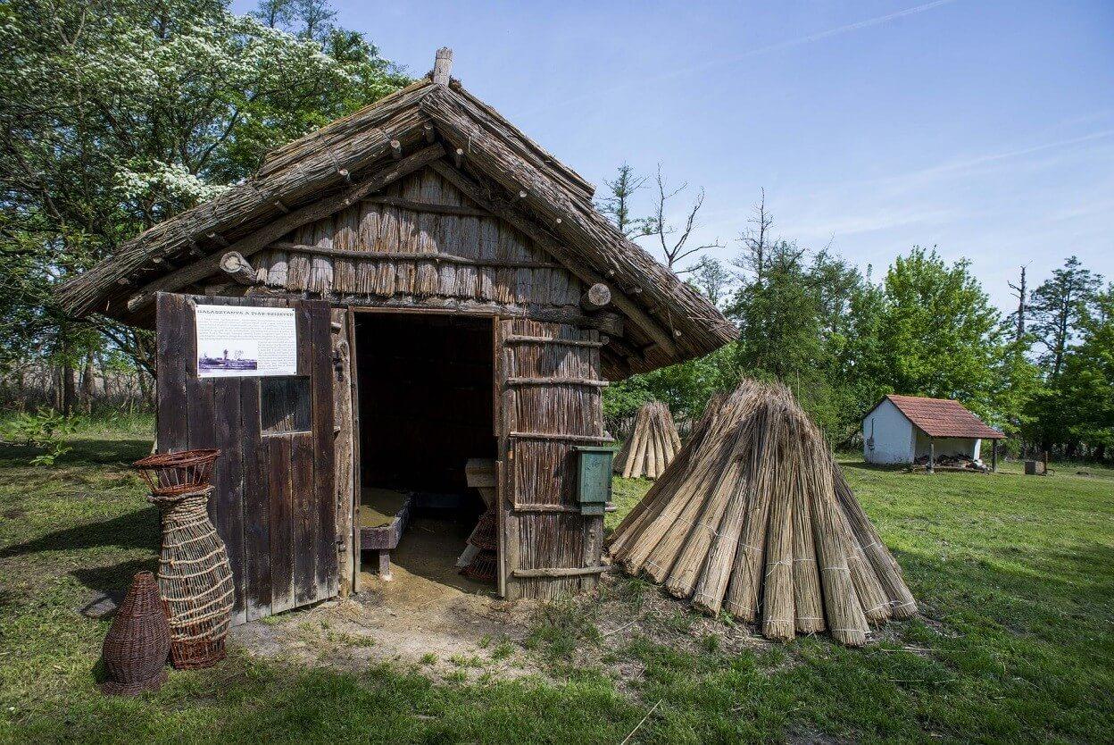 Turisztikai központ épül a Kis-Balatonnál