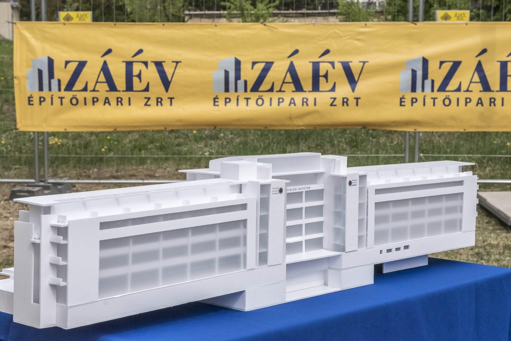 A ZÁÉV kivitelezésében indult el a Testnevelési Egyetem újjáépítése