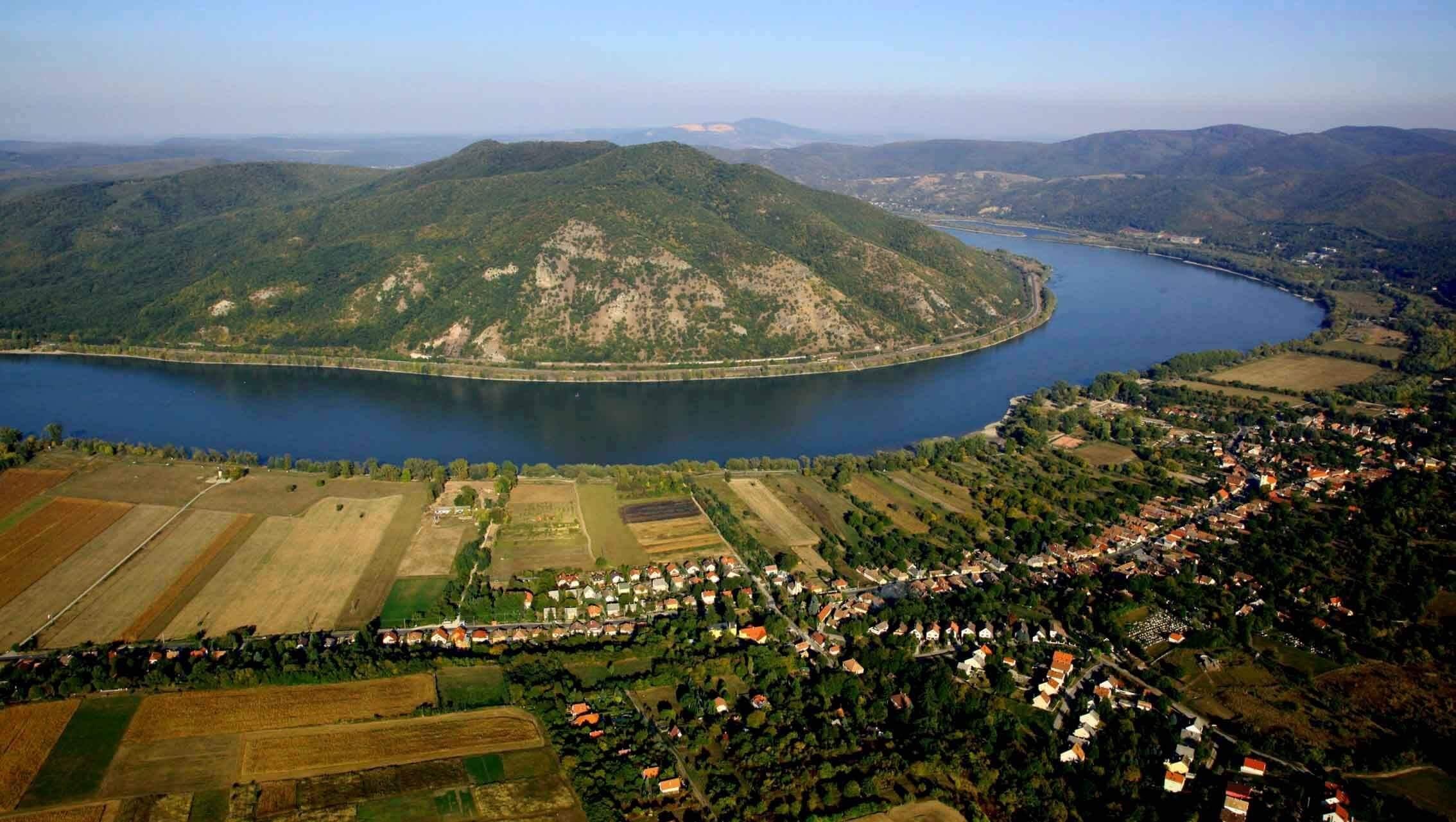 Turisztikai központ épül a Dunakanyar egyik legszebb pontján