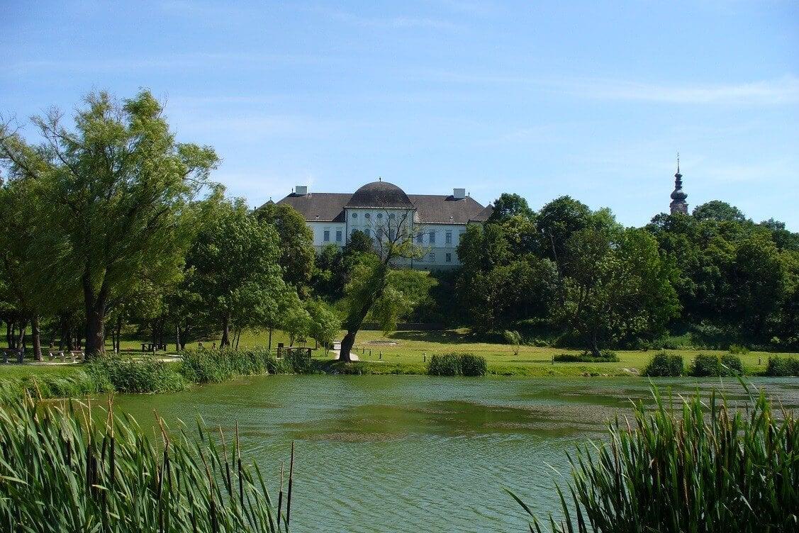 Izgalmas újításokkal válnak vonzóvá Szécsény történelmi épületei