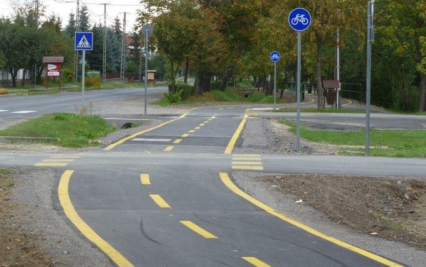 Több mint 40 kilométernyi kerékpárutat épít Tolna uniós forrásból