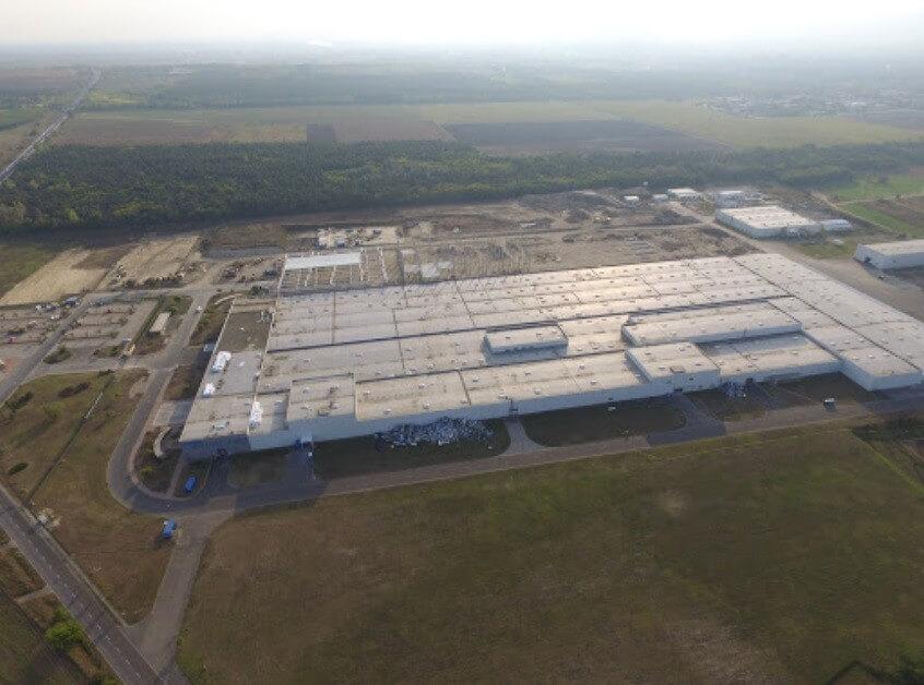 Megnyílt a Samsung gödi gyára, az e-autózás éllovasaivá válhatunk