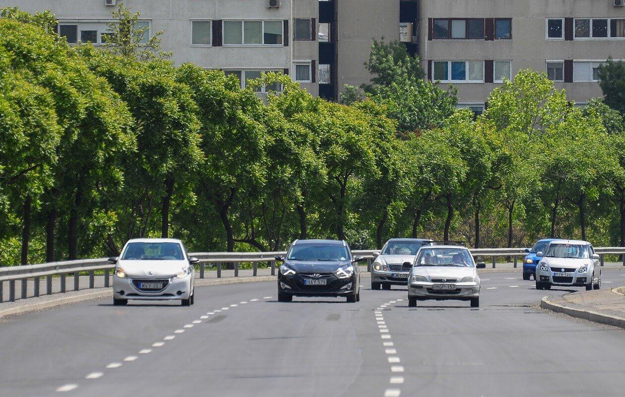 Vasárnap megnyílik a Róbert Károly körút egy felújított szakasza