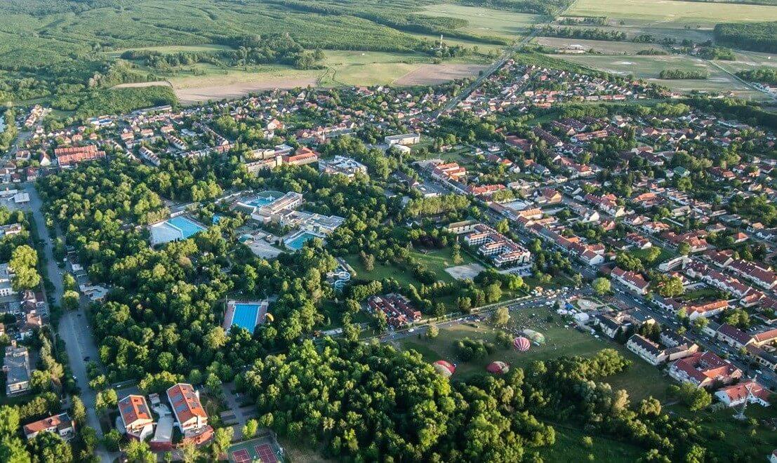Milliárdos beruházásban újul meg Harkány belvárosa