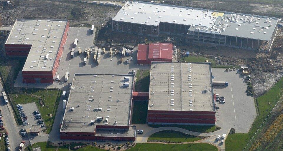 Átadták a Hell 30 milliárdos szikszói gyárát