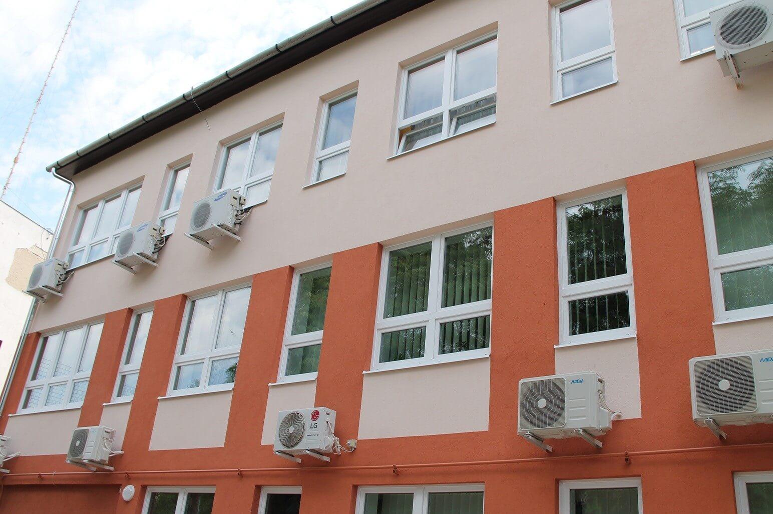 Huszonöt kormányhivatali épület korszerűsödik Pest és Jász megyében