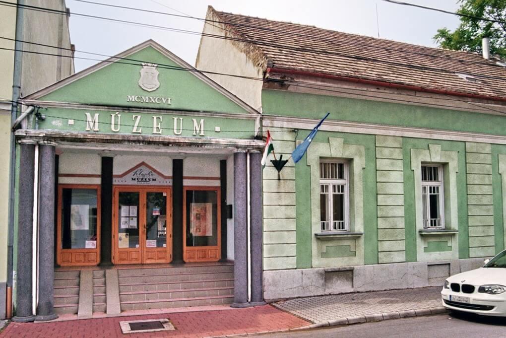 A monarchia egykori méntelepére költözik Komárom fő múzeuma