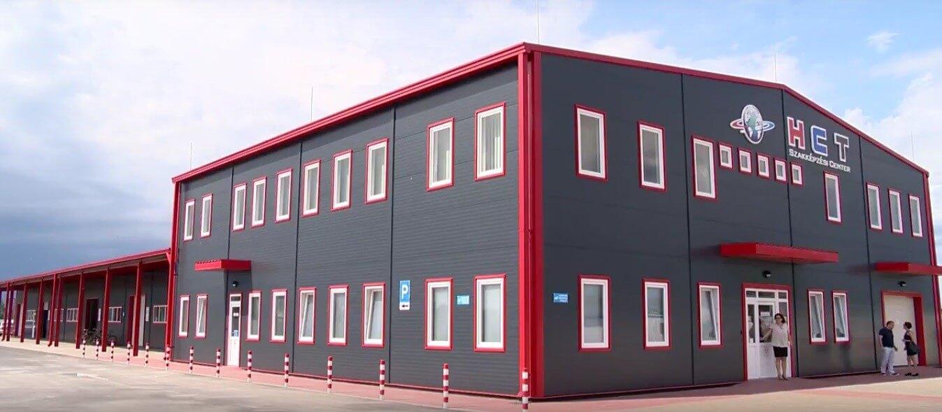 Új tanműhely segíti az építőipari hiányszakmák utánpótlását