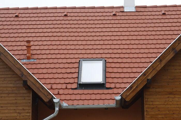 Ezzel a védelmi rendszerrel védhető meg a tetőtér a kibírhatatlan hőségtől