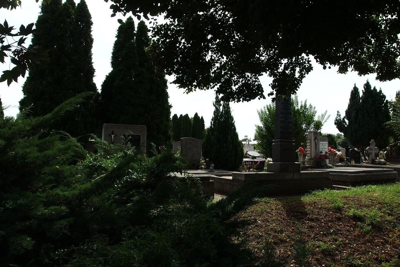 Ravatalozóval bővül a kiskunfélegyházi Alsó temető