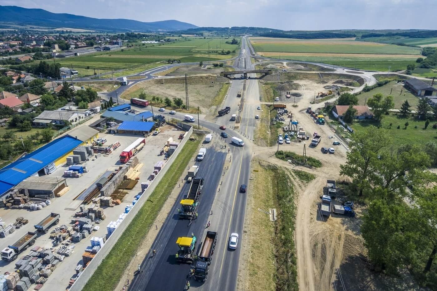 A HE-DO nyolc hónappal hamarabb elkészül a 21-es főút harmadik szakaszával