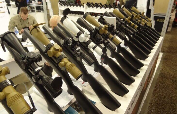 Fegyvertávcsöveket gyárt majd a Tenken készülő új üzem