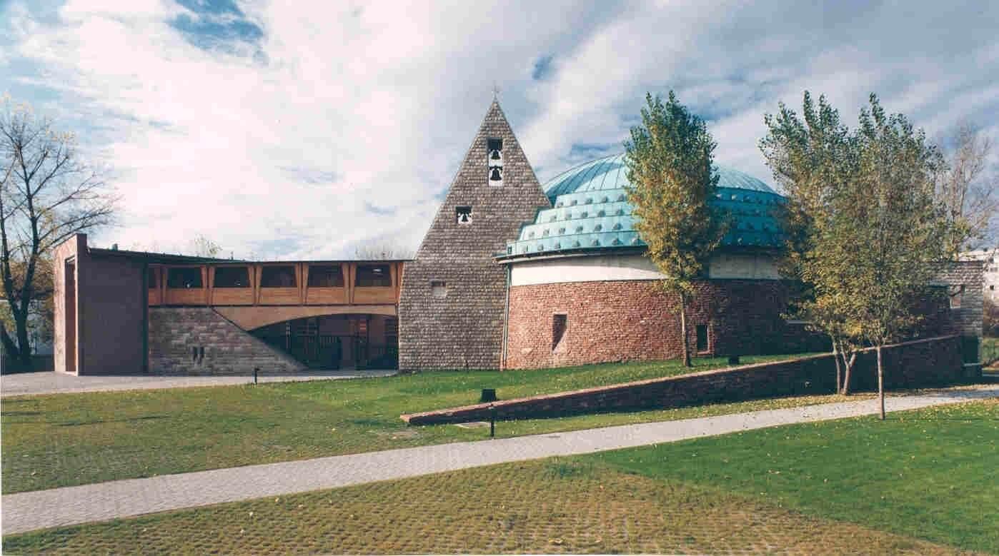 Új szárnyat kap a lágymányosi egyetemi negyed temploma
