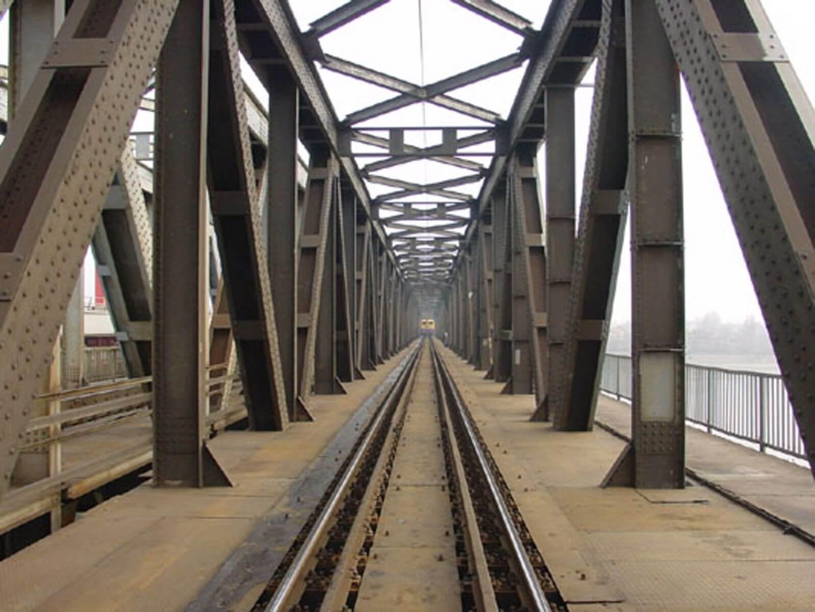 Harmadik vágánnyal bővül a legforgalmasabb vasúti összekötő híd