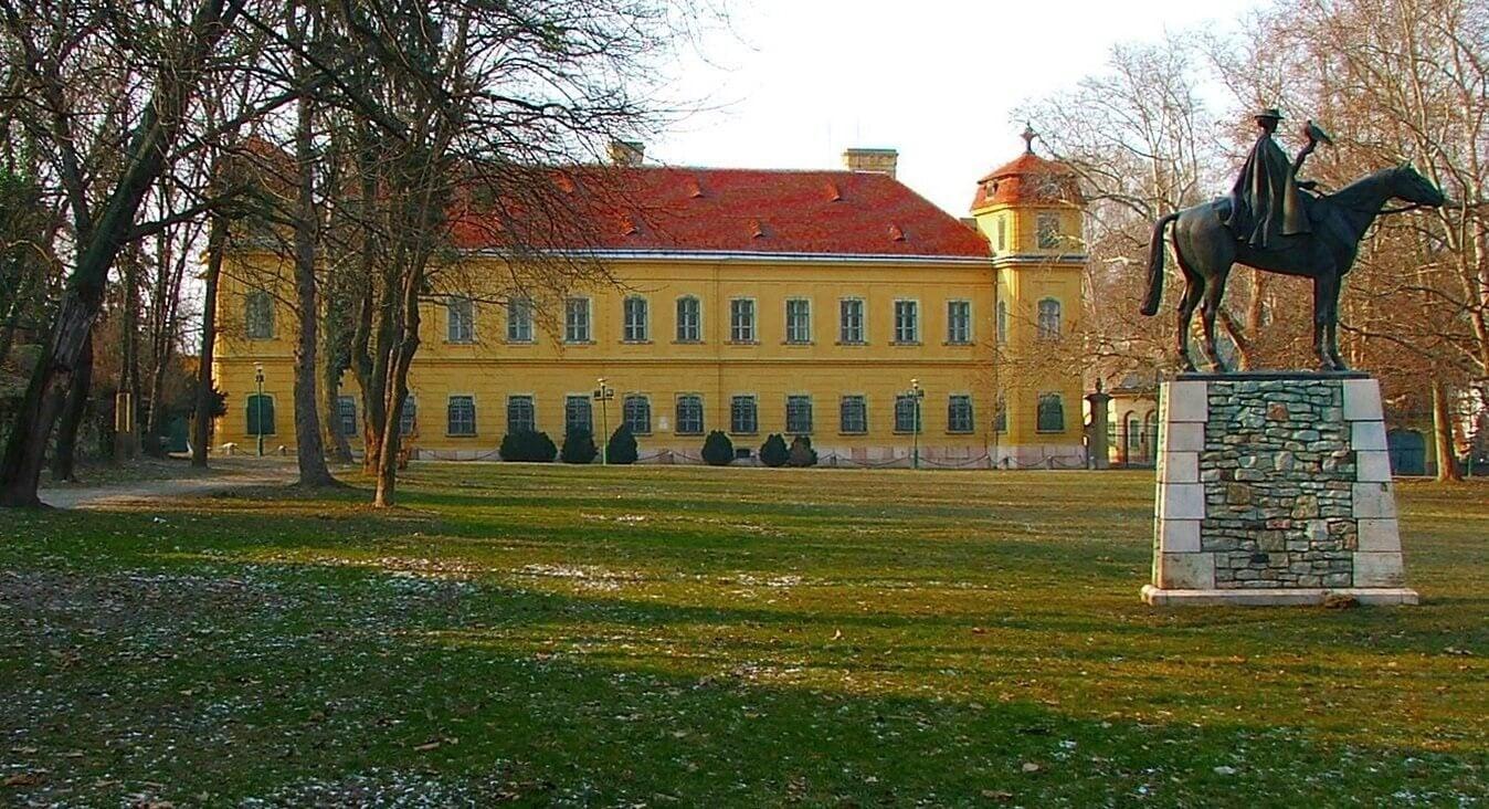 Folytatódhat a tatai Esterházy-kastély helyreállítása