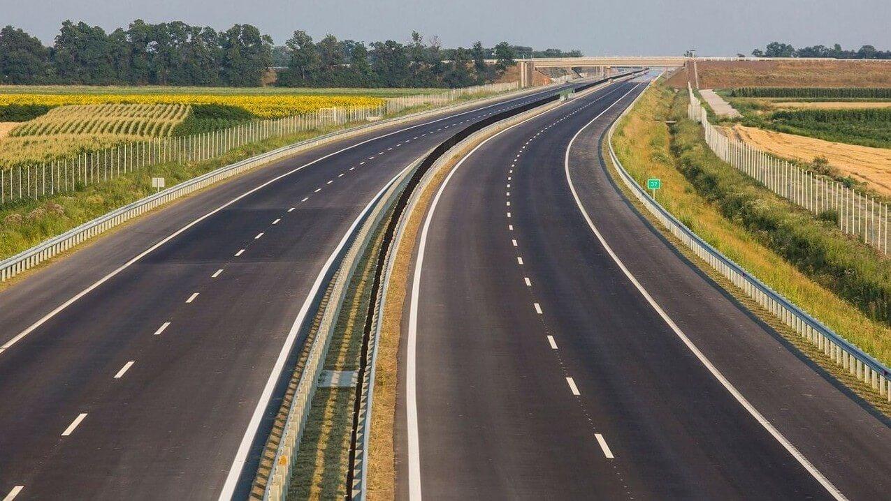 Ezzel a szakasszal éri el az ukrán határt M3-as autópálya
