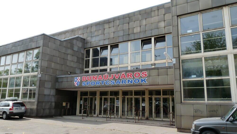 Zöld lámpát kapott a dunaújvárosi kézilabdacsarnok felújítása és bővítése