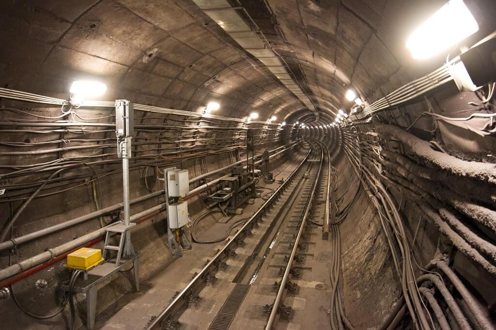 Napokon belül indul a hármas metró felújítása