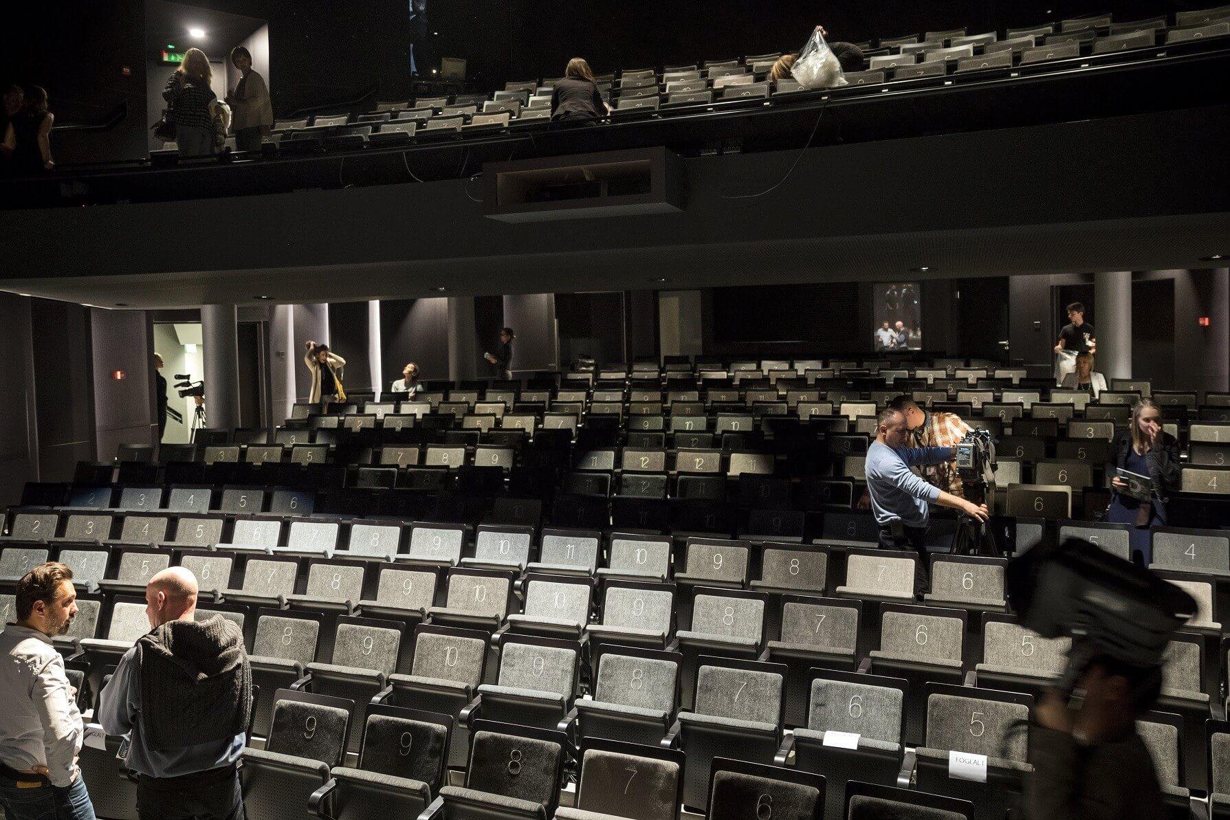 Megszépülve indíthatja az új évadot az Örkény Színház
