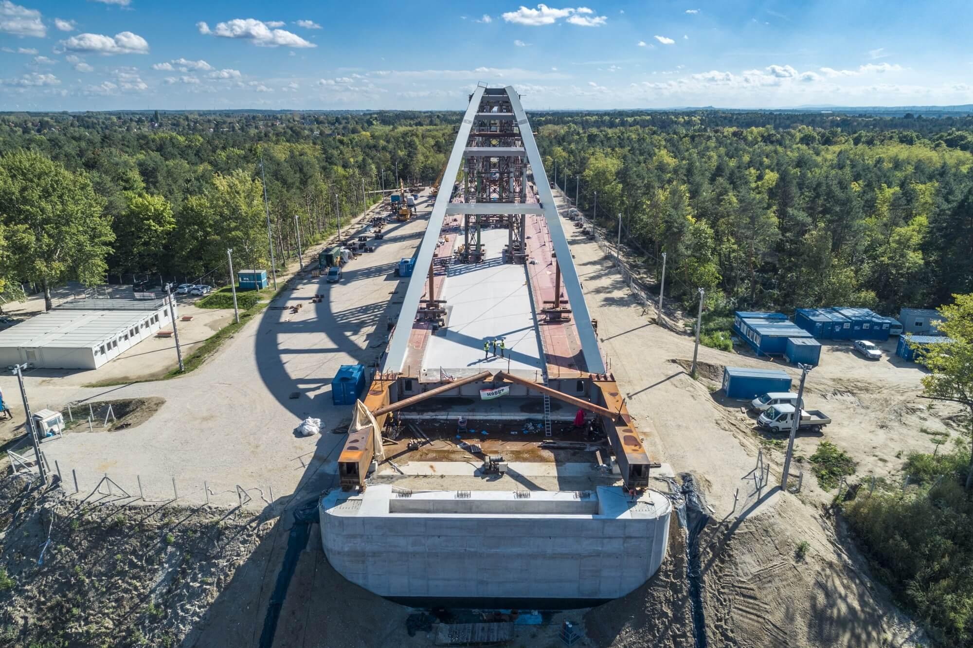 Átfogó kép a hazai hídépítésről - megjelent a Magyar Építők újabb magazinja