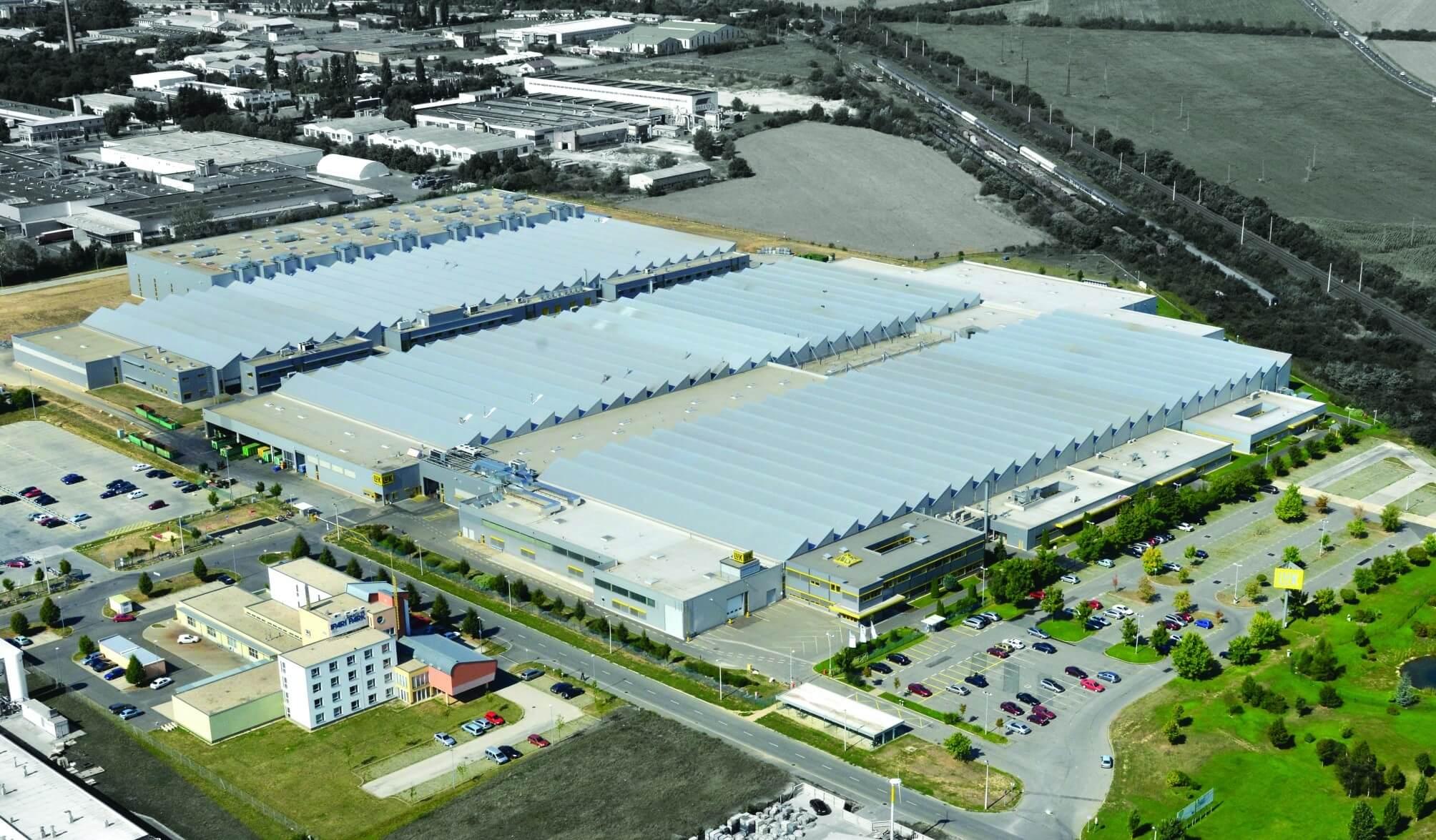 Újra Szombathelyen építkezik egy német autóipari óriás