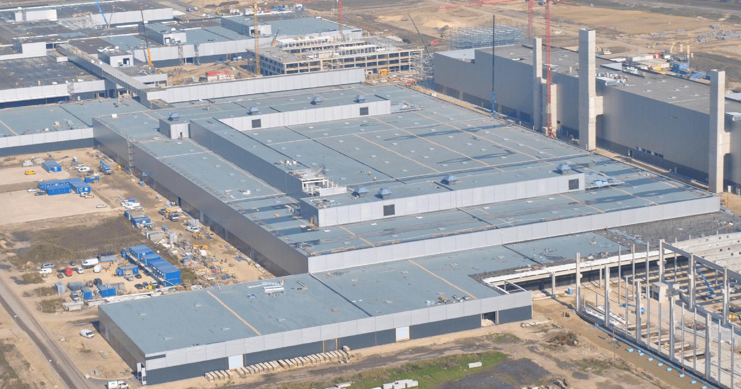 Új utat épített a Mercedes-gyár mellett a Duna Aszfalt