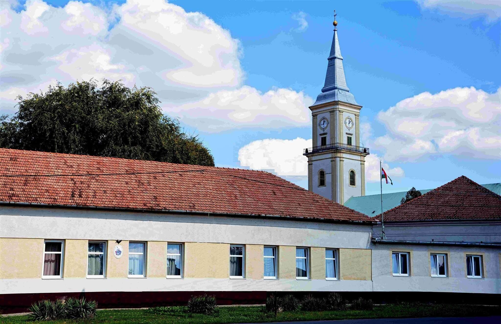 Közel háromszoros létszám miatt kap új szárnyat egy református iskola
