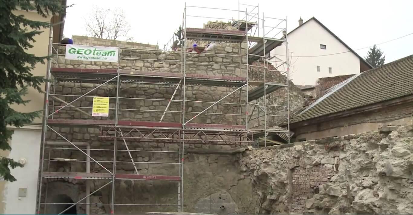 Év végére elkészül az egri történelmi városfal rekonstrukciója