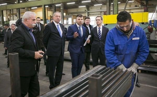 Zsaluzatgyártó cég bővítette kapacitását Somogyban