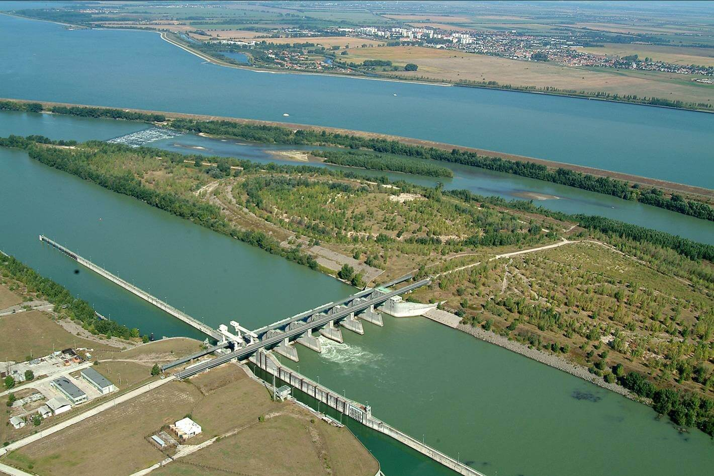 Fontos vízügyi nagyberuházást kivitelez a Strabag és a Hídépítő