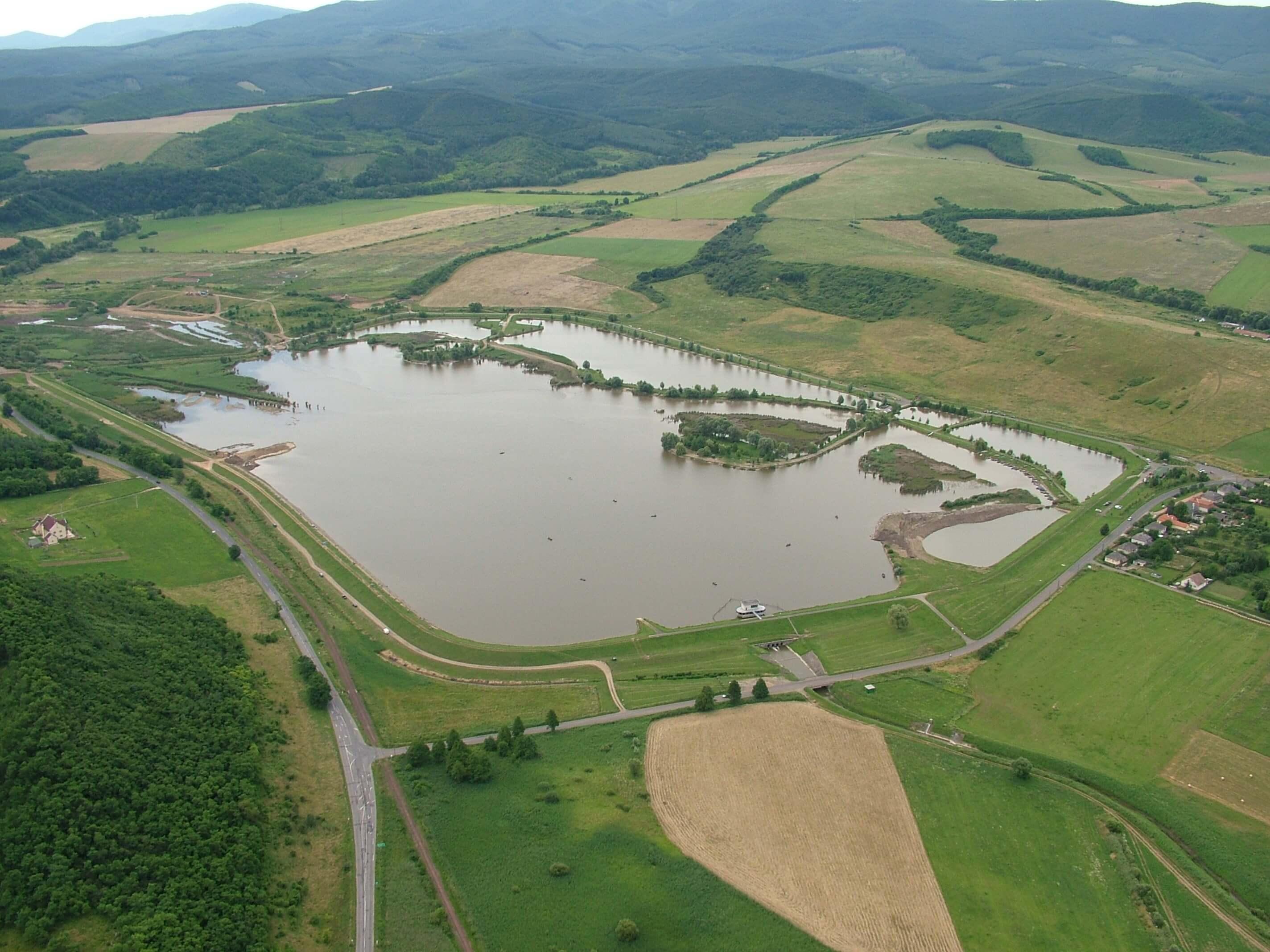 Milliárdos árvízvédelmi fejlesztésbe kezdenek Nyugat-Magyarországon