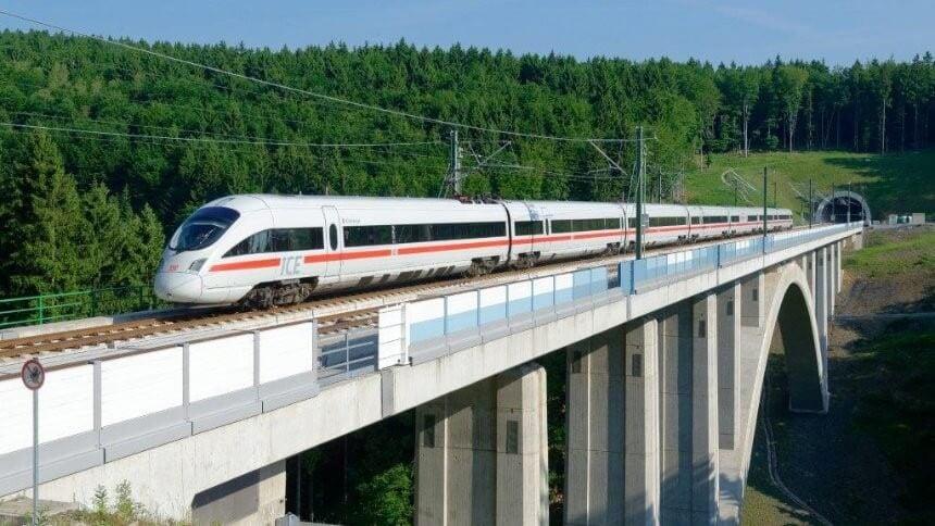 Verhetetlenné vált az autóval szemben a Berlin-München vasútvonal