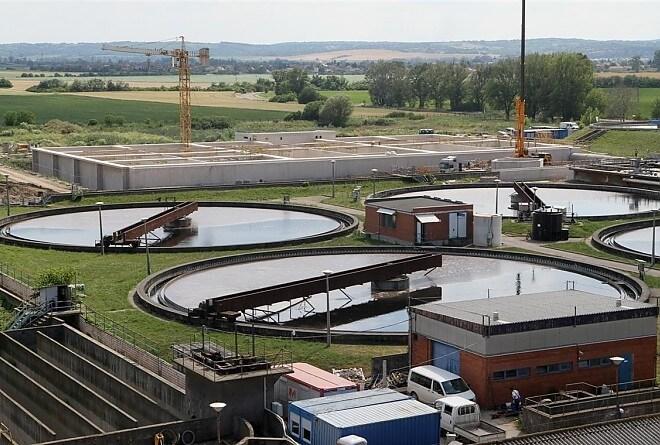 Több mint 40 kilométernyi szennyvízvezeték épül Kelet-Magyarországon