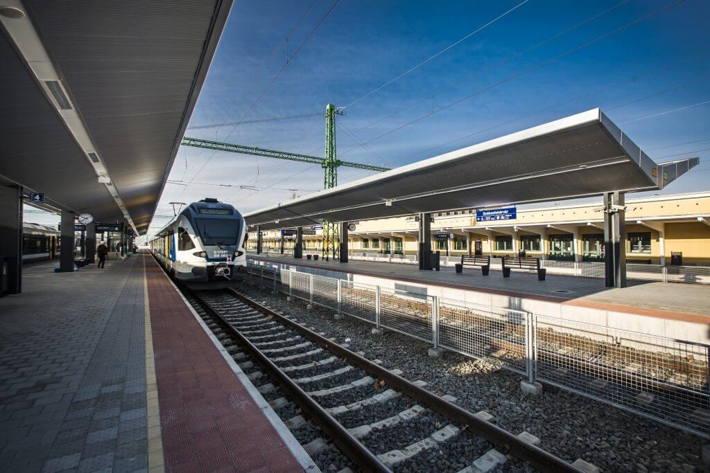 Ezek a beruházások fejlesztik tovább a Budapest-Pécs vasútvonalat
