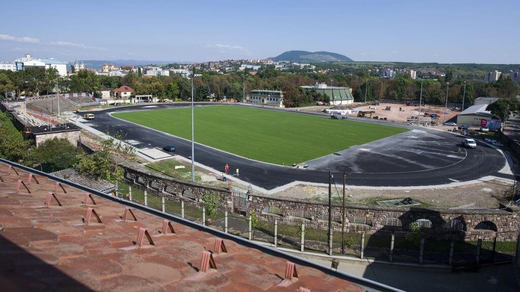 Már jövőre elkészülnek az egri stadion átépítésével