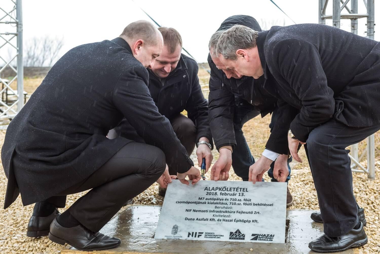 Elrajtolt a Balaton keleti elkerülőjét az M7-esig nyújtó útépítés