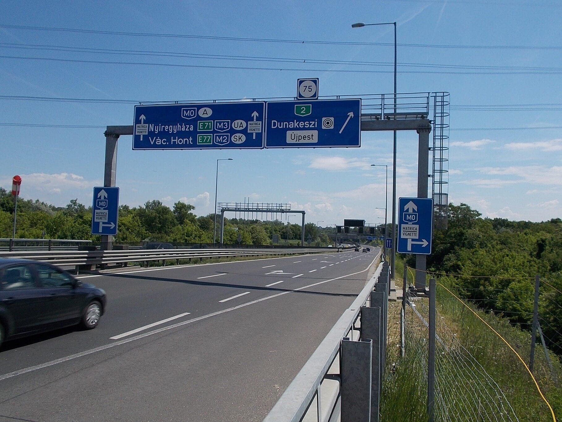 Új összekötő út épül a 2-es főút és az M2 között