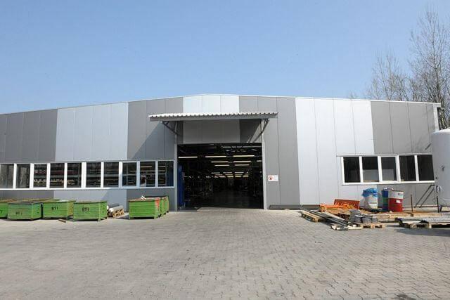 Gyártócsarnokot épített Tiszaalpár legnagyobb foglalkoztatója