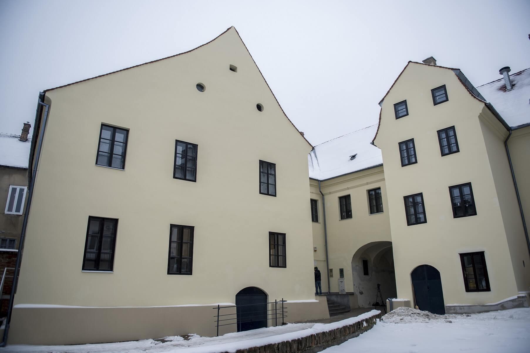 Horvát nemzetiségi központot avattak fel Pécsen