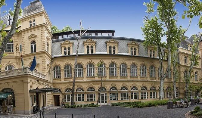 15 ezer négyzetméteres új épületben kezelhetik majd a reumát Budapesten