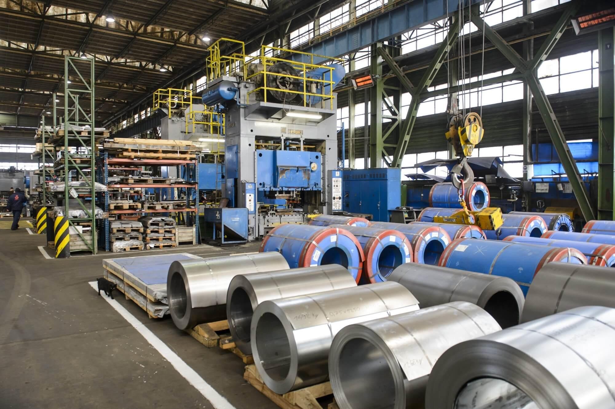 Új üzemközponttal bővül Közép-Európa legnagyobb kandallógyára
